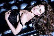 Эмбер Херд появилась в мартовском номере «Vanity Fair»: amber-heard-2_Starbeat.ru