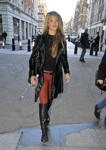 Эми Уиллертон направляется в офис «BBC» в Лондоне: amy-willerton-at-bbc--01_Starbeat.ru