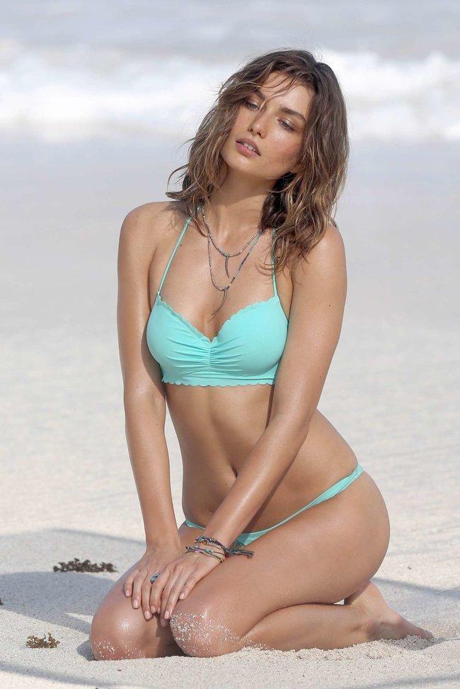 Андреа Диакону снимается в фотосессии для «Victoria's Secret» на Сен-Барт: andreea-diaconu-2013-vs-bikini-shoot-in-st-barths--01_Starbeat.ru