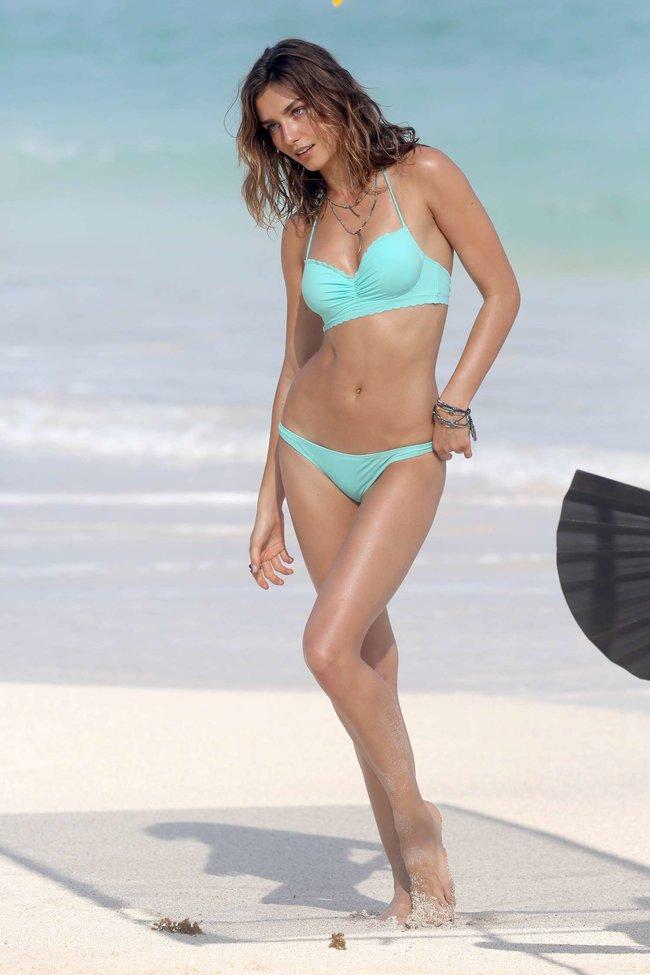 Андреа Диакону снимается в фотосессии для «Victoria's Secret» на Сен-Барт: andreea-diaconu-2013-vs-bikini-shoot-in-st-barths--10_Starbeat.ru