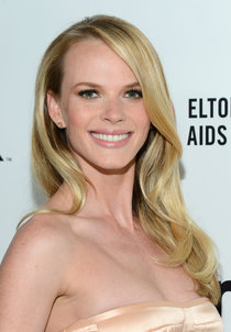 Анна Вьялицына на вечере Элтона Джона «AIDS Foundation Academy Awards»: anne-vyalitsyna-2014-elton-john-aids-foundation-academy-awards-party--01_Starbeat.ru