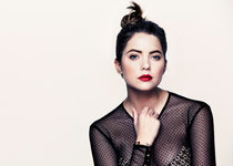 Эшли Бенсон в фотосессии «Byrdie» (фотограф Джастин Койт): ashley-benson-2014-byrdie-photoshoot-by-justin-coit--01_Starbeat.ru