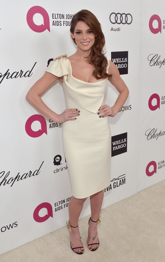 Эшли Грин на вечере Элтона Джона «AIDS Foundation Academy Awards»: ashley-greene-2014-elton-john-aids-foundation-academy-awards-party--03_Starbeat.ru
