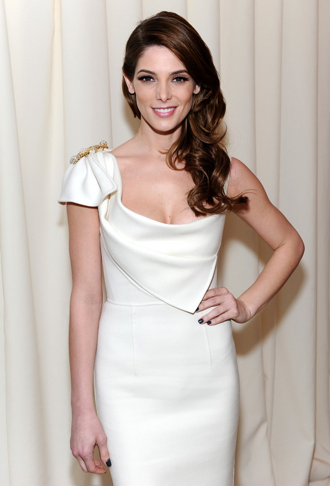 Эшли Грин на вечере Элтона Джона «AIDS Foundation Academy Awards»: ashley-greene-2014-elton-john-aids-foundation-academy-awards-party--06_Starbeat.ru
