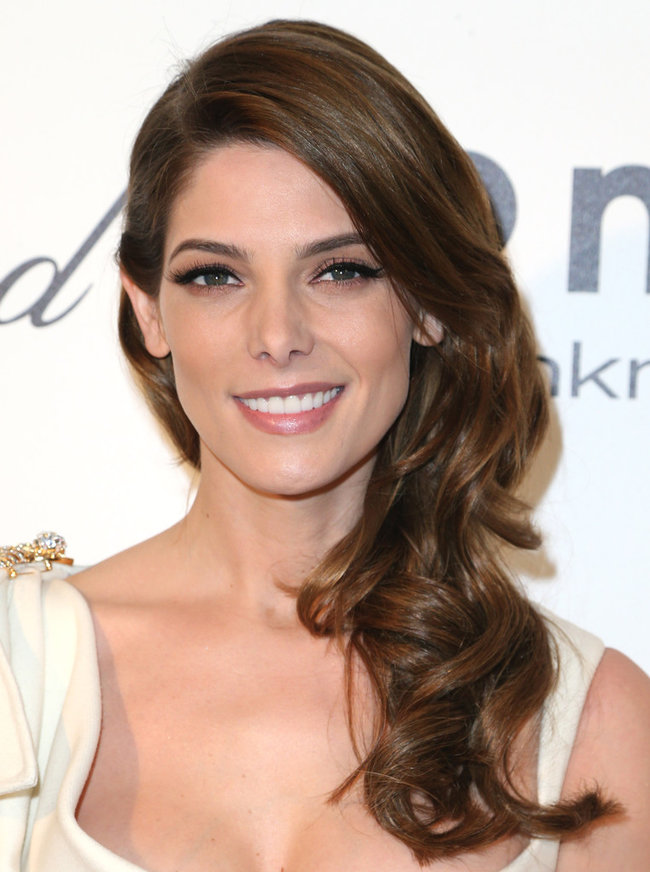 Эшли Грин на вечере Элтона Джона «AIDS Foundation Academy Awards»: ashley-greene-2014-elton-john-aids-foundation-academy-awards-party--07_Starbeat.ru