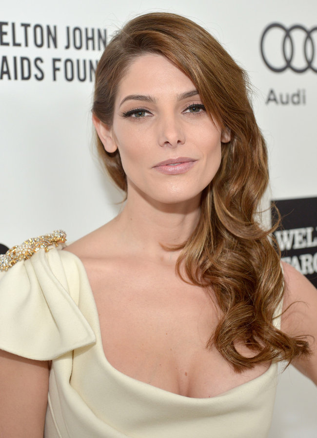 Эшли Грин на вечере Элтона Джона «AIDS Foundation Academy Awards»: ashley-greene-2014-elton-john-aids-foundation-academy-awards-party--08_Starbeat.ru