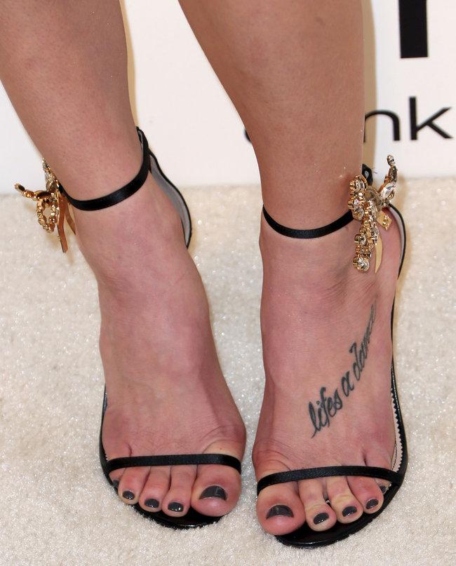 Эшли Грин на вечере Элтона Джона «AIDS Foundation Academy Awards»: ashley-greene-2014-elton-john-aids-foundation-academy-awards-party--09_Starbeat.ru