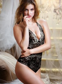 Барбара Палвин в рекламе дамского белья от «Victoria's Secret»: barbara-palvin-photos-victorias-secret-photoshoot-2013--01_Starbeat.ru