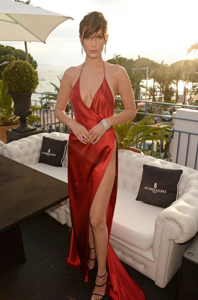 Почти голая Белла Хадид на премьере «La Fille Inconnue» в Каннах: bella-hadid-23_Starbeat.ru