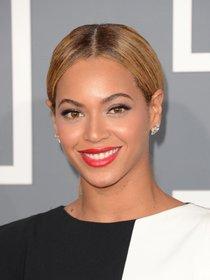 Бейонсе и другие звездные гости Грэмми 2013: Beyonce-113_Starbeat.ru