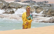 Бабушка Бейонсе и Джей Зи где-то на Гавайях: beyonce-1_Starbeat.ru