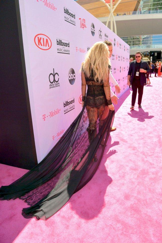 Бритни Спирс и морщины радости на «2016 Billboard Music Awards» в Лас-Вегасе: britney-spears-23_Starbeat.ru