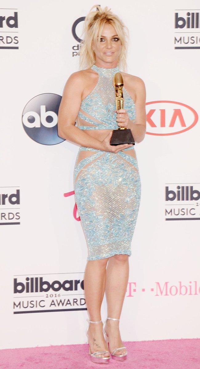 Бритни Спирс и морщины радости на «2016 Billboard Music Awards» в Лас-Вегасе: britney-spears-45_Starbeat.ru