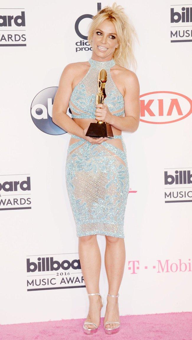 Бритни Спирс и морщины радости на «2016 Billboard Music Awards» в Лас-Вегасе: britney-spears-46_Starbeat.ru