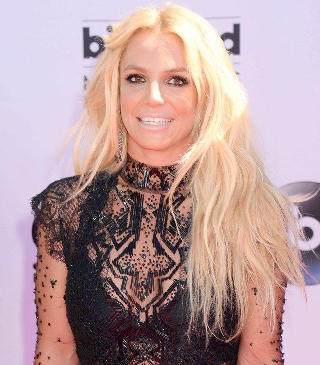 Бритни Спирс и морщины радости на «2016 Billboard Music Awards» в Лас-Вегасе: britney-spears-9_Starbeat.ru
