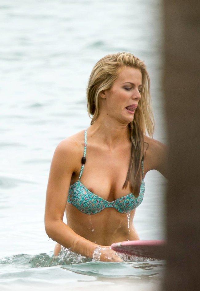 Бруклин Деккер в Майами: съемки фотосессии на пляже: brooklyn-decker-71_Starbeat.ru