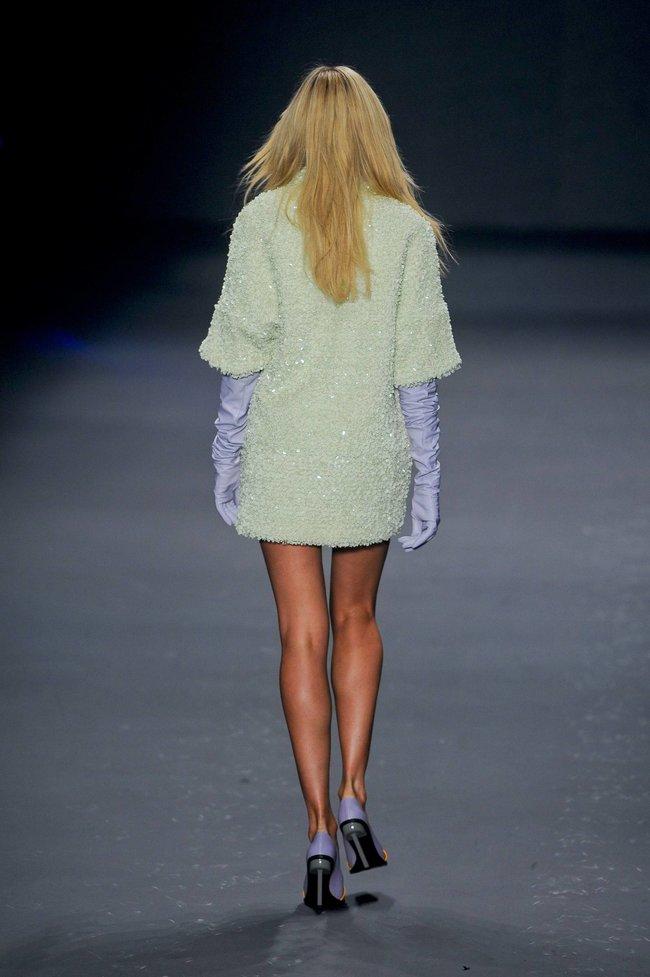 Модный показ «Forum» в Сан-Паулу с Кэндис Свейнпол: candice-swanepoel-243_Starbeat.ru