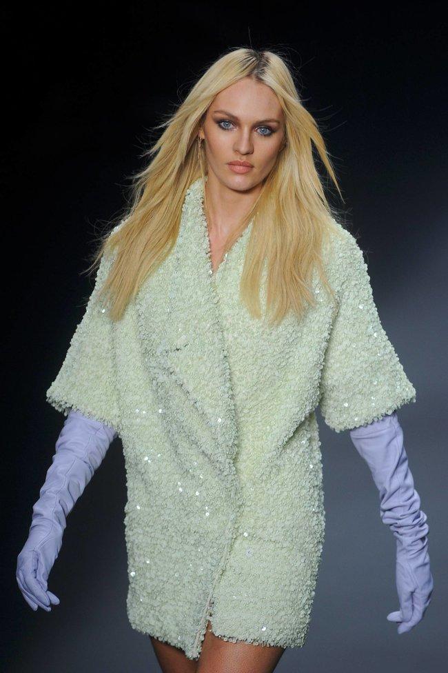 Модный показ «Forum» в Сан-Паулу с Кэндис Свейнпол: candice-swanepoel-316_Starbeat.ru