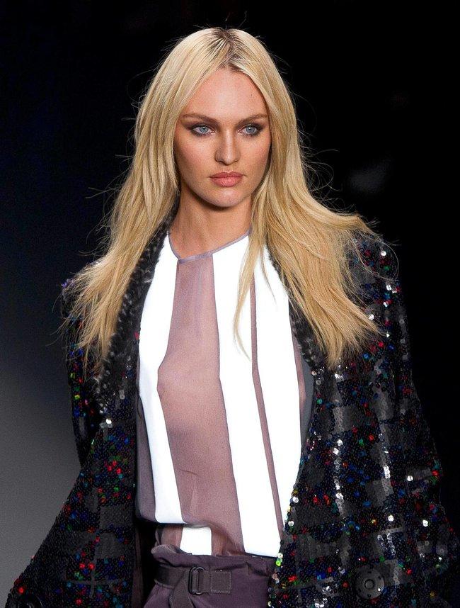 Модный показ «Forum» в Сан-Паулу с Кэндис Свейнпол: candice-swanepoel-96_Starbeat.ru