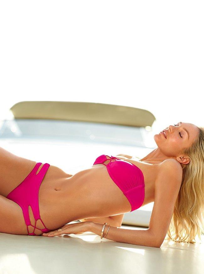 Фотосессия Кэндис Свейнпол для «Victoria's Secret», ноябрь 2013: candice-swanepoel-victorias-secret-lingerie--04_Starbeat.ru