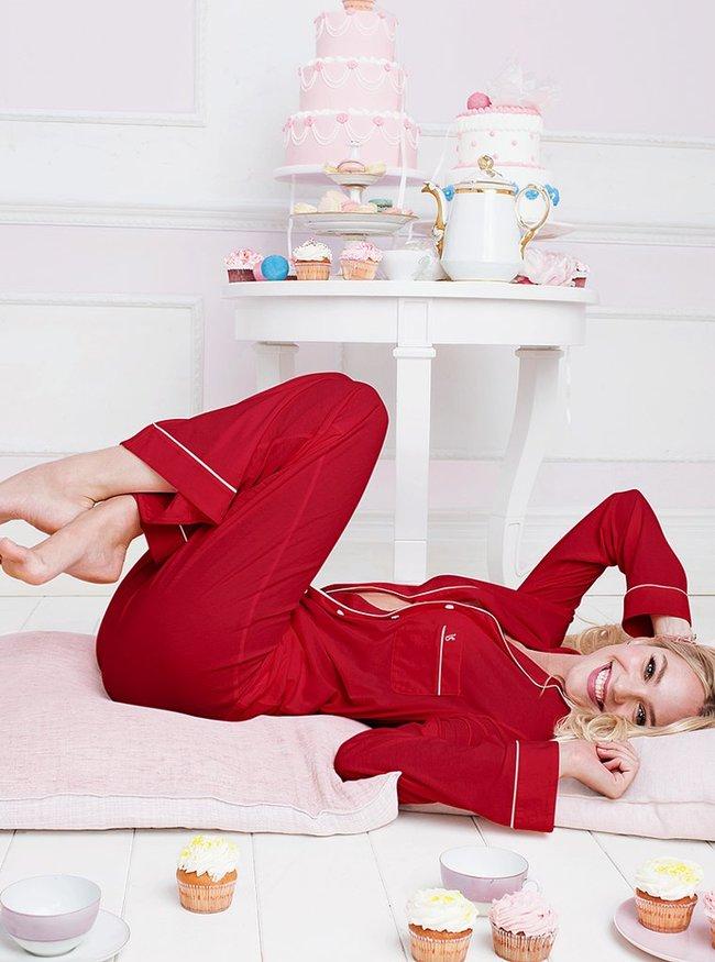 Фотосессия Кэндис Свейнпол для «Victoria's Secret», ноябрь 2013: candice-swanepoel-victorias-secret-lingerie--21_Starbeat.ru