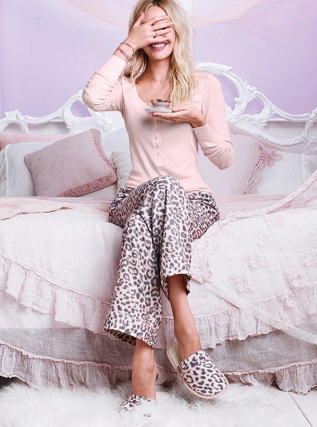 Кэндис Свейнпол в октябрьской фотосессии «Victoria's Secret»: candice-swanepoel---victorias-secret-october-2013--39_Starbeat.ru