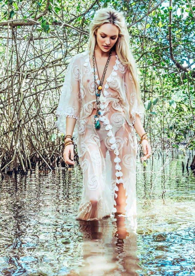 Фотосессия Кэндис Свейнпол для журнала «Vogue» (январь 2014): candice-swanepoel-46_Starbeat.ru