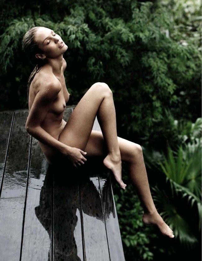 Кэндис Свейнпол направила соски к небу (Vogue Испания, июль 2016): candice-swanepoel-5_Starbeat.ru