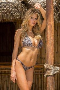 Шарлотт Мак-Кинни: фотки со столбом: charlotte-mckinney-1-3_Starbeat.ru