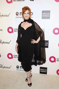 Кристина Хендрикс: благотворительный вечер «Elton John AIDS Foundation»: christina-hendricks-2013-elton-john-aids-foundation-academy-awards-party--01_Starbeat.ru