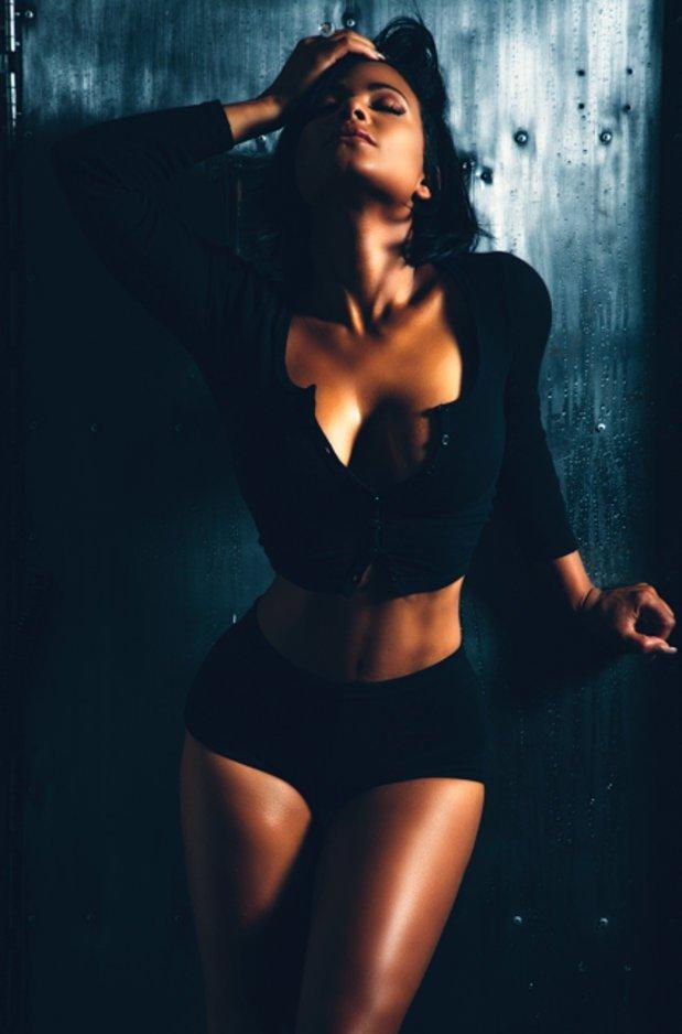 Кристина Милиан перевозбудилась по заказу «Maxim Magazine Photoshoot» (июнь 2016): christina-milian-7_Starbeat.ru
