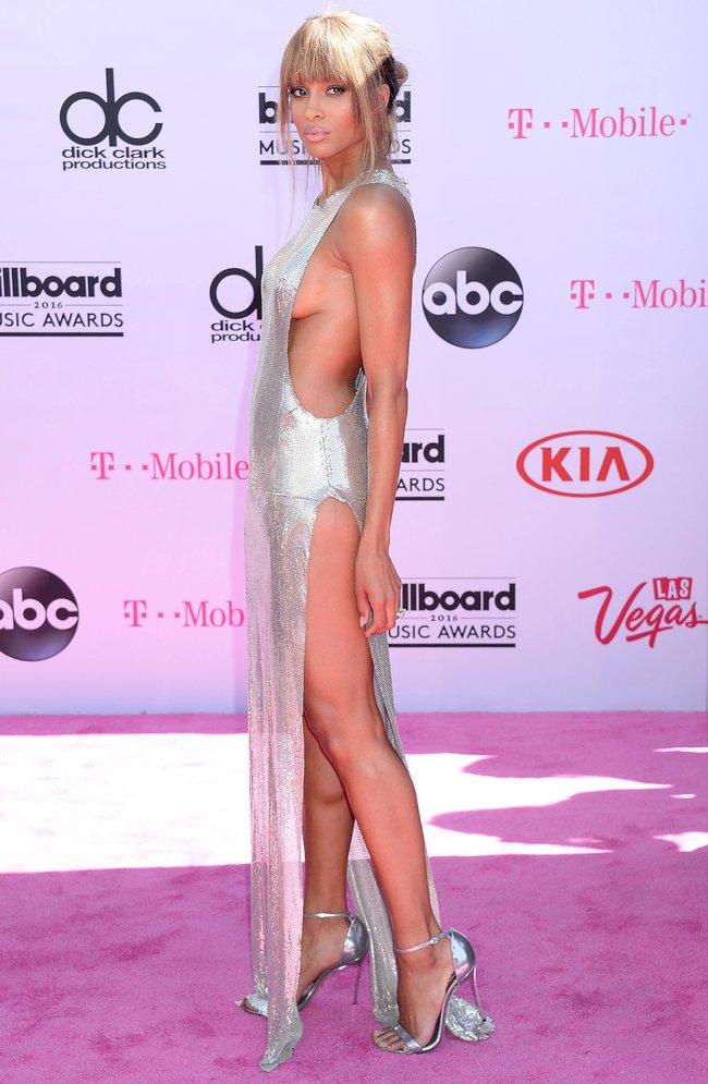Сиара пытается выдавить улыбку, но ничего не выходит: «2016 Billboard Music Awards» в Лас-Вегасе: ciara-3_Starbeat.ru