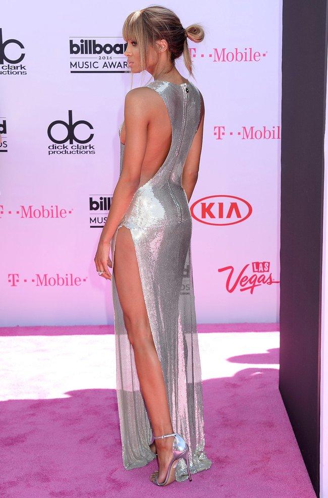 Сиара пытается выдавить улыбку, но ничего не выходит: «2016 Billboard Music Awards» в Лас-Вегасе: ciara-4_Starbeat.ru