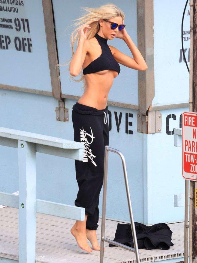 Мочим майку вместе с Дейзи Ли — реклама водички «138 Water Bikini Photoshoot» в Малибу: daisy-lea-13_Starbeat.ru