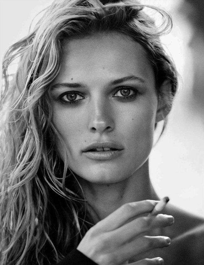 Полуобнажённая Эдита Вилкевичуте и чёрно-белые фото для «Vogue Germany» (июль 2016): edita-vilkeviciute-17_Starbeat.ru