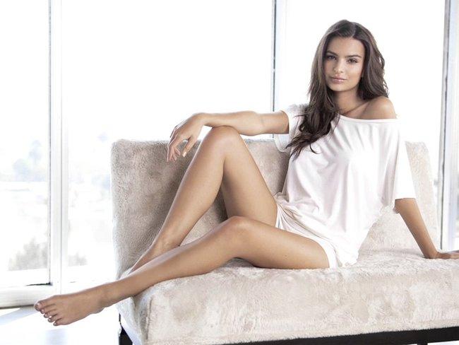 Эмили Ратаковски вывернула пупок в фотосессии для «Princess Lingerie»: emily-ratajkowski-11-2_Starbeat.ru