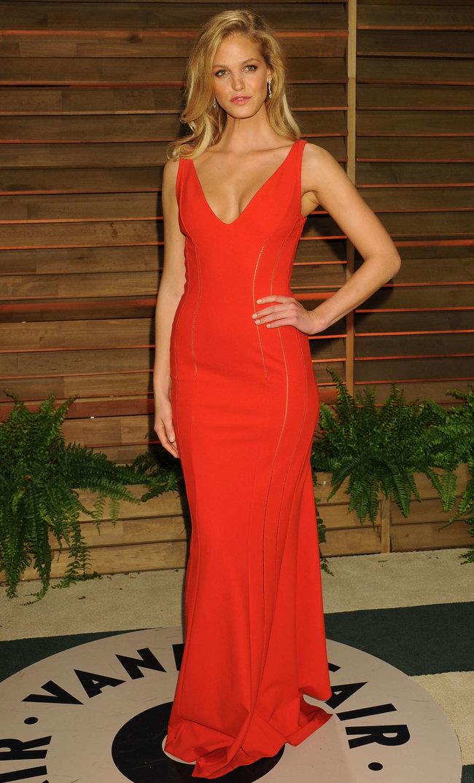 Журнал «Vanity Fair» чествует звезд после «Оскара»: Эрин Хизертон: erin-heatherton-oscar-2014---vanity-fair-party--03_Starbeat.ru