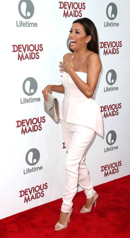 Ева Лонгория на премьере телесериала «Коварные горничные», Лос-Анджелес: eva-longoria---devious-maids-premiere--09_Starbeat.ru