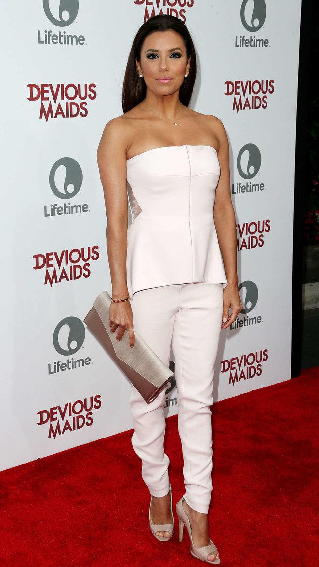 Ева Лонгория на премьере телесериала «Коварные горничные», Лос-Анджелес: eva-longoria---devious-maids-premiere--18_Starbeat.ru