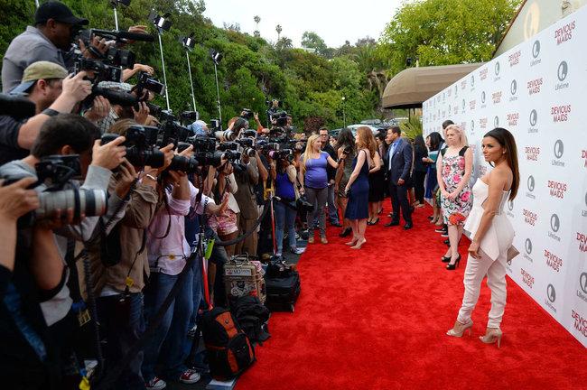 Ева Лонгория на премьере телесериала «Коварные горничные», Лос-Анджелес: eva-longoria---devious-maids-premiere--24_Starbeat.ru