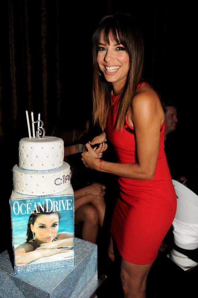 Ева Лонгория: вечеринка в честь мартовского номера журнала «Ocean Drive» в Майами: eva-longoria-7_Starbeat.ru