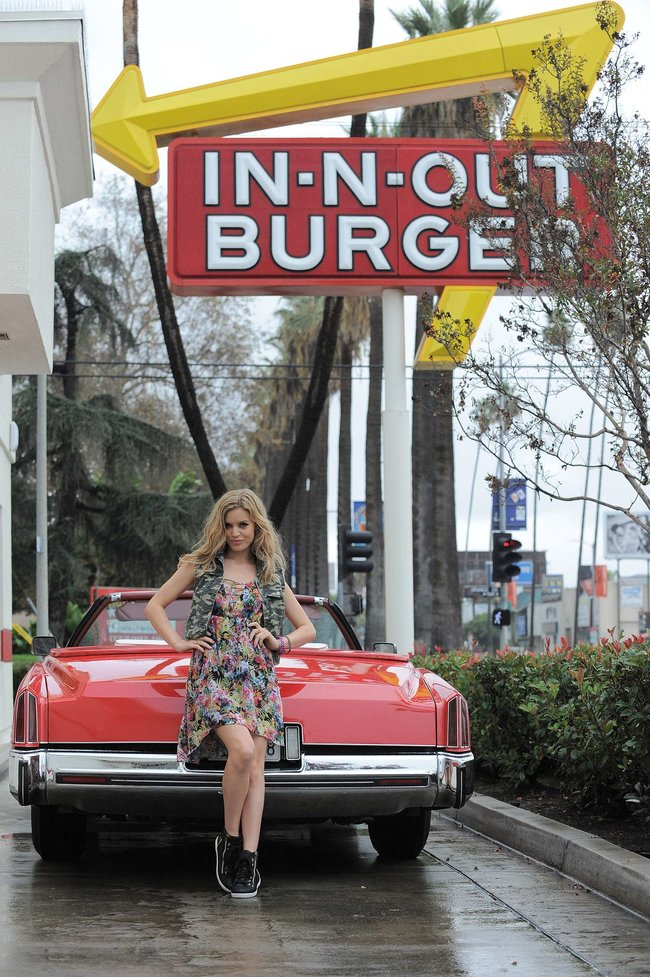Джорджия Мэй Джаггер на съемках рекламной кампании «Material Girl»: georgia-may-jagger-material-girl-2013-campaign--08_Starbeat.ru