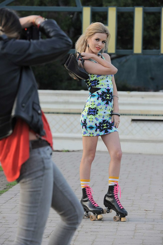 Джорджия Мэй Джаггер на съемках рекламной кампании «Material Girl»: georgia-may-jagger-material-girl-2013-campaign--09_Starbeat.ru