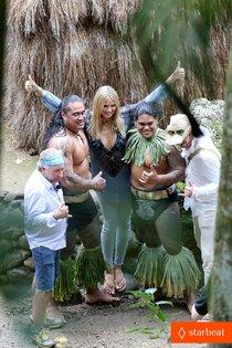 Хайди Клум на съемках передачи «Next Top Model» на Гавайях: heidi-klum-germanys-next-top-model-filming-01_Starbeat.ru