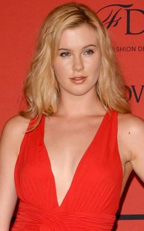 «CFDA Fashion Awards 2013»: Айрленд Болдуин, Алессандра Амбросио и Тереза Палмер: ireland-baldwin-2013-cfda-fashion-awards--01_Starbeat.ru