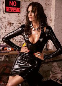 Ирина Шейк в свежей фотосессии для «GQ Russia», август 2013: irina-shayk---gq-russia--01_Starbeat.ru