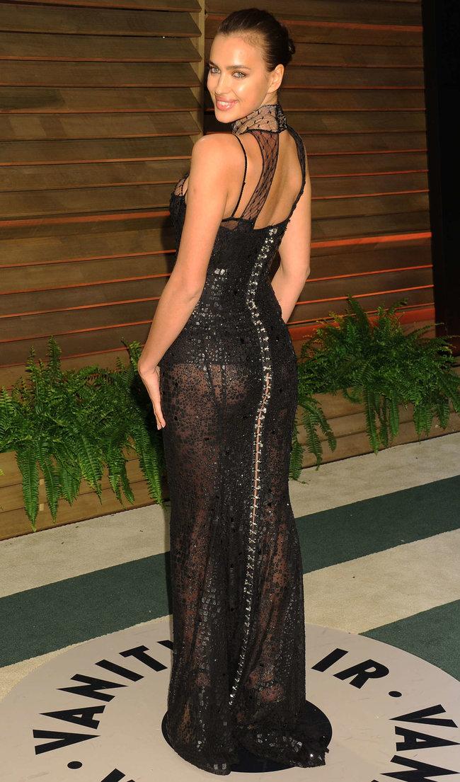 Ирина Шейк: светский раут «Vanity Fair» в Голливуде: irina-shayk-oscar-2014---vanity-fair-party--05_Starbeat.ru