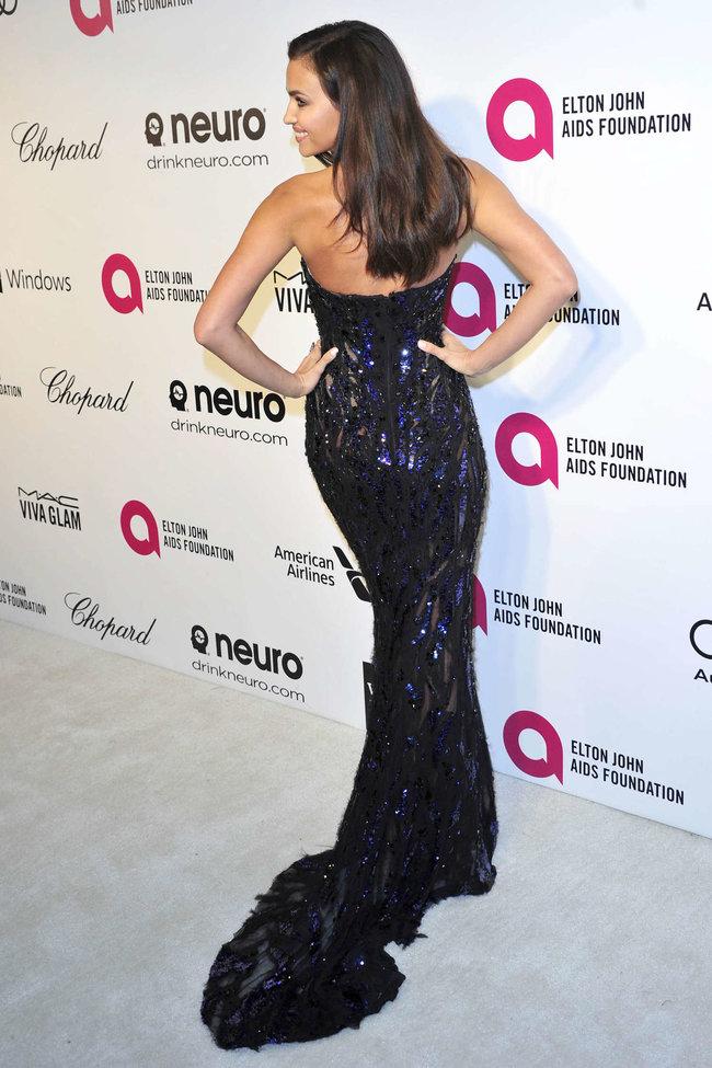 Блистательная Ирина Шейк на благотворительном вечере «Elton John AIDS Foundation»: irina-shayk-2014-elton-john-aids-foundation-academy-awards-party--07_Starbeat.ru