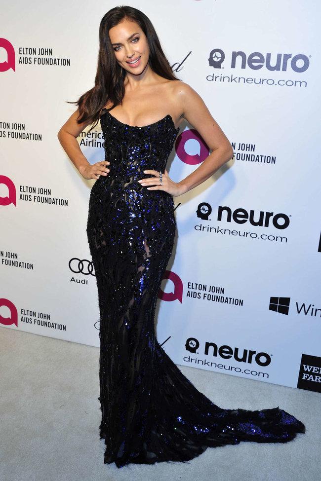 Блистательная Ирина Шейк на благотворительном вечере «Elton John AIDS Foundation»: irina-shayk-2014-elton-john-aids-foundation-academy-awards-party--10_Starbeat.ru