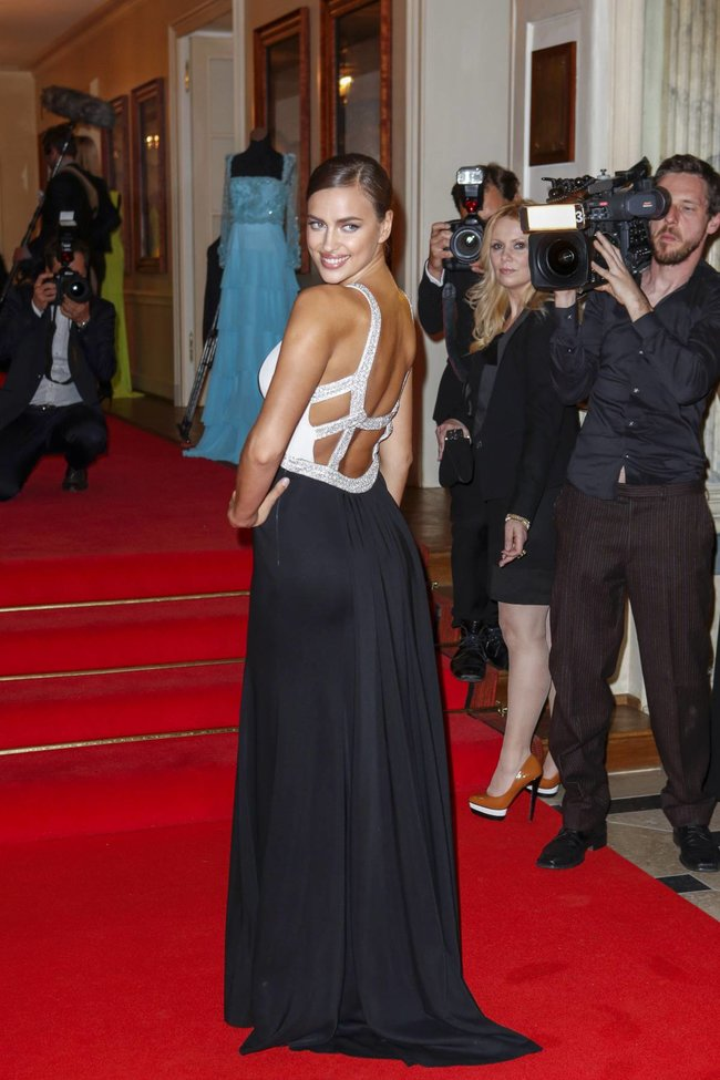 Ирина Шейк посетила Баден-Баден: «Gala Spa Awards 2014»: irina-shayk-93_Starbeat.ru